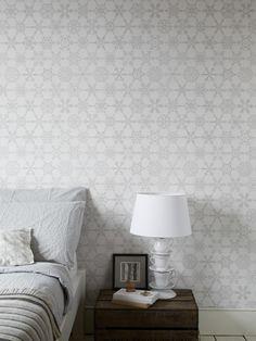 Wilson's Crystals #wallpaper #coveredwallpaper #tradtionalwallpaper #paperyourwalls #design #homedecor #home #decor #traditional