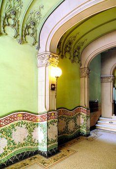 Art Nouveau - Barcelona - Bailèn 036 e 5 Casa Francesc de Paula Vallet 1909 Architect: Gabriel Borrell i Cardona