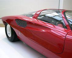 Ferrari 330 P5 - Algo diferente