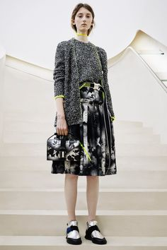 http://www.vogue.com/fashion-shows/pre-fall-2016/christopher-kane/slideshow/collection