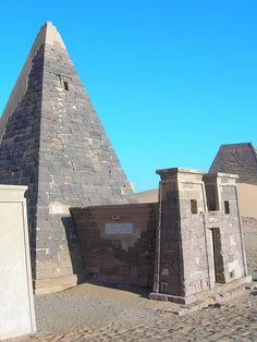 10 Most Amazing Pyramids of the World | See More Pictures | #SeeMorePictures