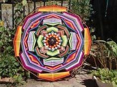 Resultado de imagen para mandalas tejidos con lana