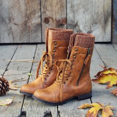 Heirloom Sweater Boots love boots girls are wearing now. stick around and say goodbye to Uggs. Women's Shoes, Mode Shoes, Me Too Shoes, Shoe Boots, Shoe Bag, Ankle Boots, Knit Shoes, Lace Up Boots, Over Boots