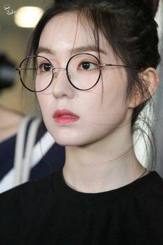 Irene-RedVelvet Back to ICN Airport from Bangkok Red Velvet アイリーン, Irene Red Velvet, Red Velvet Seulgi, Red Velet, Fashion Eye Glasses, Chubby Cheeks, Velvet Fashion, Girl Bands, Beautiful Gorgeous