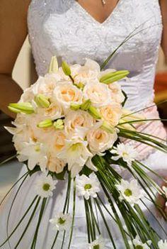 Gorgeous White Bridal Bouquet ideas & pictures