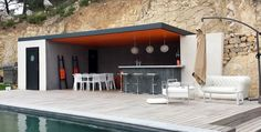 It is important to call professionals when you want to build a summer kitchen. accompanies you in your project outdoor kitchen ideas outd. Outdoor Rooms, Outdoor Living, Outdoor Decor, Parrilla Exterior, Modern Pool House, Outdoor Kitchen Design, Summer Kitchen, Küchen Design, Pool Houses
