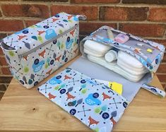 Diy Crafts - Fox diaper bag, gift for new parents, nappy bag organizer, diaper clutch with clear zipper pouch, grey diaper purse Best Diaper Bag, Baby Diaper Bags, Nappy Wallet, Diaper Bag Organization, Baby Wipe Case, Stroller Bag, Diaper Clutch, Diy Bebe, Gifts For New Parents