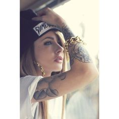 Girls with tattoos Ink ❤ liked on Polyvore featuring tattoos, caitlin, people and tattoos and piercings