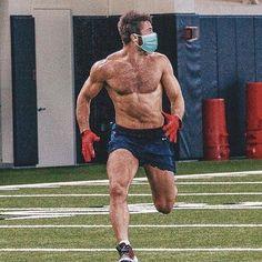 Julian Edelman, Hot Men Bodies, Men's Health Fitness, Soccer Guys, New England Patriots Football, Hairy Hunks, Babe, Most Handsome Men, Sexy Men