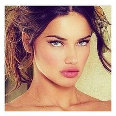 Immagine di Adriana Lima, model, and beauty