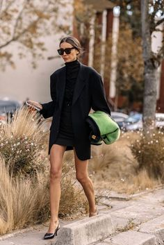Fall Street Style #trendy #outfit #casual #winter #winteroutfit #styling #streetstyle #woman #womenfashion #fashion #lookbook #chic #lookbeautiful #trend #followtrend #outfitideas #clothes #dresses #jeans #jackets #shoes #trendyshoes #fashionactivation