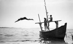 Jacques Henri Lartigue / Yvonne, Koko et Bibi. Royan, juillet 1924