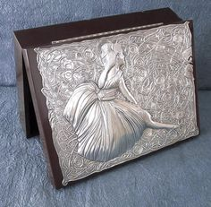 MercartUSA Metal Embossing Gallery.