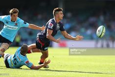 Jack Maddocks of the Rebels passes during the round five Super Rugby match between the Waratahs and the Rebels at Allianz Stadium on March 2018 in Sydney, Australia. Super Rugby, Rounding, Sydney Australia, Rebel, March, Mars
