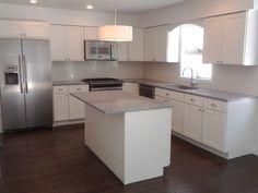 White shaker cabinets    http://st.houzz.com/simgs/3cd143330f85e444_4-2060/contemporary-kitchen.jpg