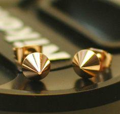 Golden rivet stud earrings