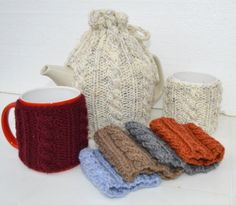 Set of 4 Mug Cosy and Tea Pot Cosy, Oatmeal Tea Cosy and 4 Mug Cozy, Oatmeal Teapot Cozy, cable desi Mug Cozy, Knitting Accessories, Valentine Gifts, Baby Knitting, Cosy, Tea Pots, Gifts For Her, Oatmeal, Christmas Gifts