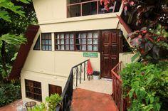 hotel la colina facade   - Costa Rica