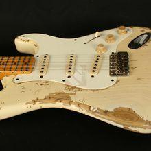 Fender Stratocaster 56 Masterbuilt Ultra Relic (2011): Detail-Bilder