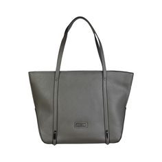 Pierre Cardin – MS104_A731 – Eco-leather shopping bag has two handles, logo visible, zip fastening, lined interior 1 internal zipped pocket, 2 internal pockets and 1 zipped external pocket. It is of size 45*30,5*13,5 cm.  https://fashiondose24.com