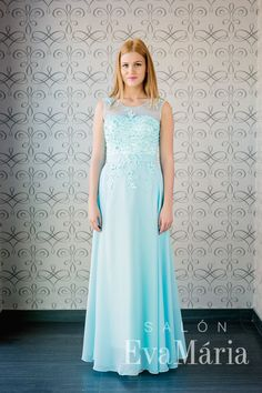 Bledomodré šaty na ples s ramienkami na zips zdobené čipkou Formal Dresses, Style, Fashion, Tea Length Formal Dresses, Swag, Moda, Formal Gowns, Fashion Styles, Black Tie Dresses