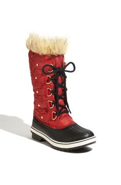 Sorel boots ROCK! I would love a pair of red ones!