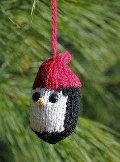 Ravelry: Peta Penguin Ornament pattern by Lorri Ann Romesberg Christmas Knitting Patterns, Knitting Patterns Free, Free Knitting, Baby Knitting, Crochet Patterns, Free Pattern, Christmas Blessings, Christmas Crafts, Christmas Ornaments