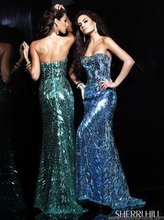 SHERRI HILL 2907  This specific Sherri Hill 2907 style dress is great for events needing a evening dress..