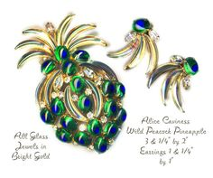 Image Copyright by RC Larner ~ Brooch and Earrings~Wild Alice Caviness Jospehine Baker Style Peacock Eyes & Iridescent Bananas ~ R C Larner Buttons at eBay & Etsy        http://stores.ebay.com/RC-LARNER-BUTTONS