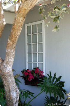 59 Trendy Backyard Shed Landscaping Window Shed Landscaping, Backyard Garden Design, Backyard Fences, Backyard Wedding Decorations, Backyard Wedding Lighting, Shed Makeover, Diy Gazebo, Faux Window, Outdoor Art