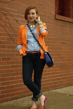 I need a blue gingham shirt. Gingham Shirt Outfit, Blue Gingham Shirts, Light Blue Shirts, Preppy Chic Style, Casual Mom Style, Preppy Girl, Cute Fall Outfits, Girl Outfits, Casual Outfits