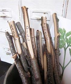 étiquette bout de bois