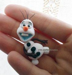 Frozen necklace inspired disney por AlchemianShop en Etsy, €20.00
