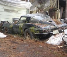 Abandoned car - WE ARE NO MORE....