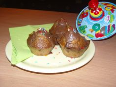 Csoki darabos szülinapi muffin - Csokis muffin Meat, Food, Meal, Eten, Meals
