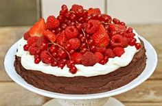 Sophie Dahl all in flourless chocolate cake