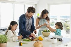 9 things dietitians tell their kids about food: Nutrition pros pass on their best advice.