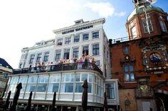 Feestlocatie: Hotel Bellevu in Dordrecht.    Trouwdag van Maarten & Liesbeth: zaterdag 20 augustus (deel 1) - Pinterested @ http://datregelikwel.nl.