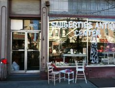 Cathy has this store called The Painted Piece in Saugerties, New York,  selling all things painted inspired by French and country style.