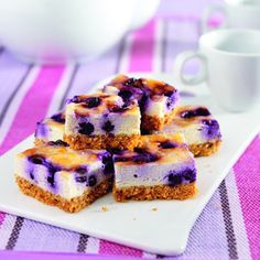 Healthy Blueberry Apricot Cheesecake Bars only 100 calories per square!  :)