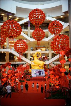 Bangkok malls decoration tm vi google tet pinterest cny 2018 chinese theme mall design rooster macau decor wedding shopping malls celebrations chinese party junglespirit Images