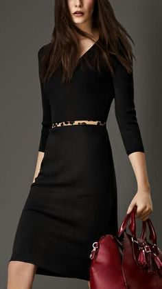 Black dress 3/4 sleeve with red tote
