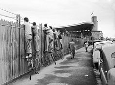 Boys standing on their bikes to watch the VFL footy at the Glenferrie oval, Hawthorn in 1954 Melbourne Victoria, Victoria Australia, Old Pictures, Old Photos, Melbourne Suburbs, Melbourne Street, Historical Pictures, Melbourne Australia, Life Is Beautiful