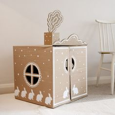 // DIY Bunny Recycled Cardboard Box Play House from Ukkonooa //