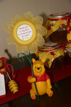 This is a party I helped style along with my sister-in-law for my neice, Isley'sfirst birthday. She loves her Winnie the Pooh toy, so her ...