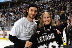 Kris Letang gave a signed #58 to this fan after the victory.