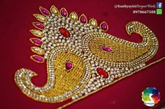 Embroidery Neck Designs, Aari Embroidery, Embroidery Works, Hand Work Blouse, Pattu Saree Blouse Designs, Indian Wedding Fashion, Maggam Works, Fancy Blouse Designs, Hand Designs