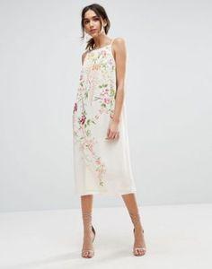 Vestido midi estilo combinación de tirantes con detalle de bordados de ASOS