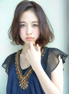 大人かわいいエアリーカールボブ 【DECO】 http://beautynavi.woman.excite.co.jp/salon/25557?pint ≪ #bobhair #bobstyle #hairstyle #bobhairstyle・ボブ・ヘアスタイル・髪形・髪型・外国人風≫