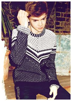 Tommy in a cute jumper <3